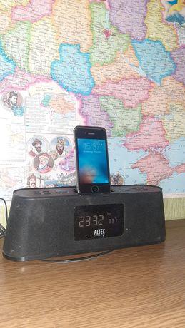 iPhone 4s док станция altec lancing