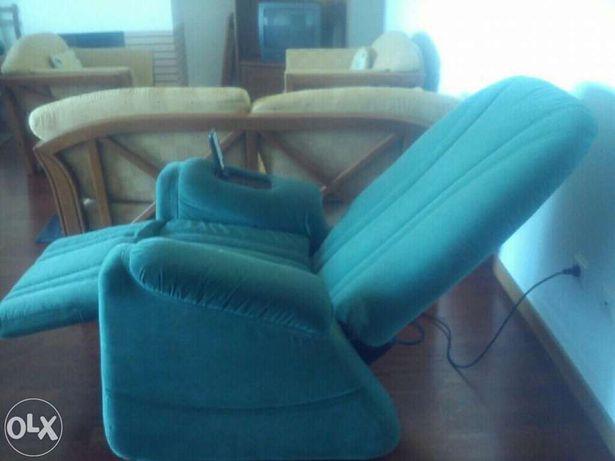 Cadeira de massagem c/ comando de programação