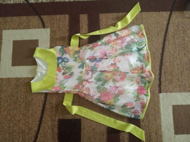Плаття для дівчинки 4-5років