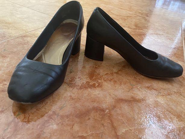 Sapatos clarks