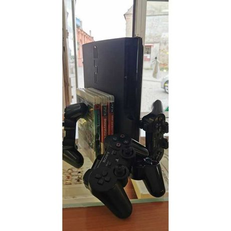Playstation 3 Slim 320GB + 3 gry + 4 pady