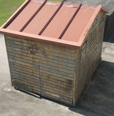 Barraca de madeira com 3 MT x2 mt