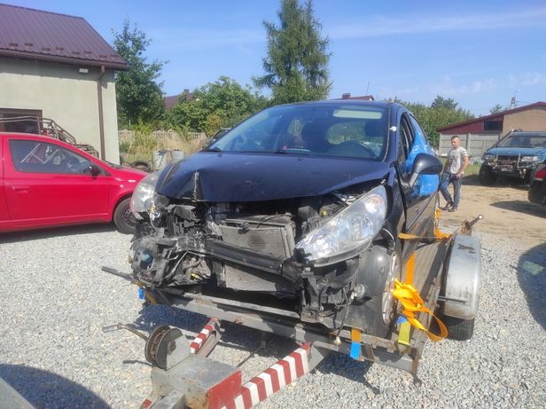 Peugeot 207 uszkodzony