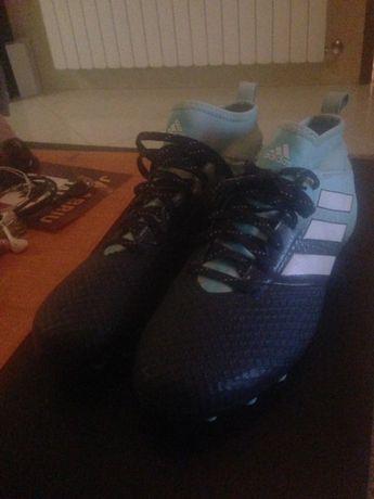 Adidas artificial Grass 42