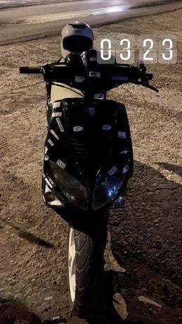 Скутер Peugeot Speedfight