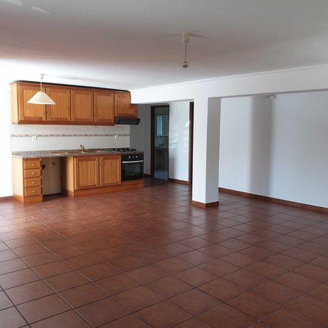 Apartamento T2 Vila Nova a 5 minutos da Universidade