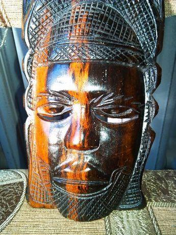 Продам Маска Женская Африка,дерево,ручная работа