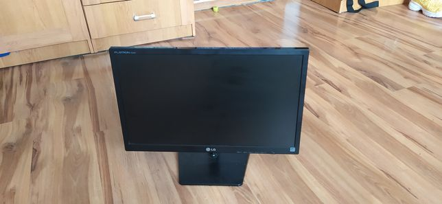 monitor Flatron E2242T