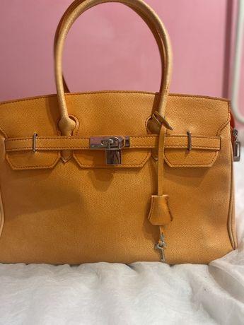 Продам сумку брендовую натуральна кожа