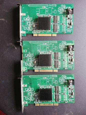 3 Placas UAD-1 em modo demo continuo