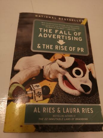 Livro The Fall of Advertising & The rise of PR