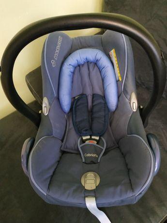 Nosidełko fotelik samochodowy Maxi Cosi cabrio fix + śpiworek gratis