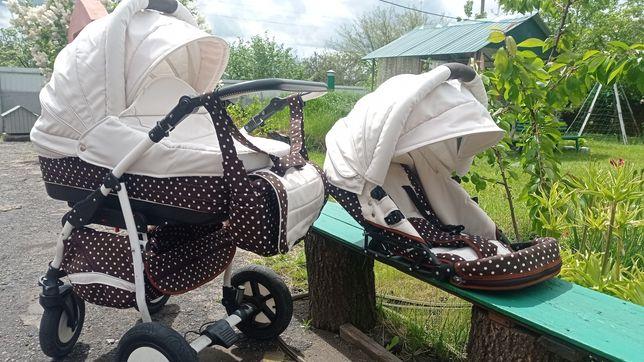 Продам детскую коляску 2 в 1 фирмы Hippo
