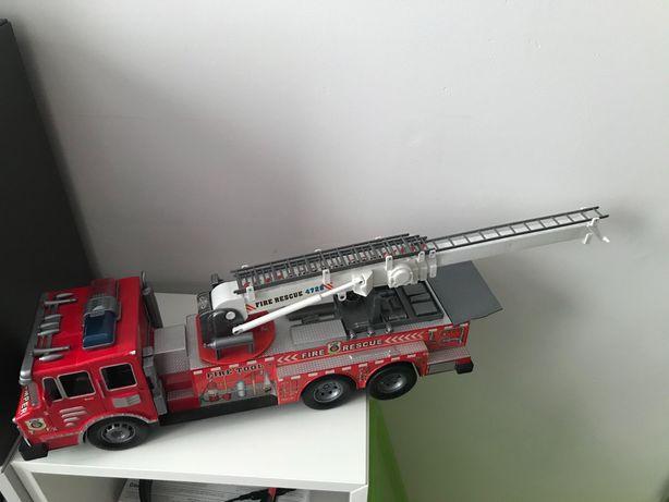 Olbrzymi wóz strażacki - zabawka