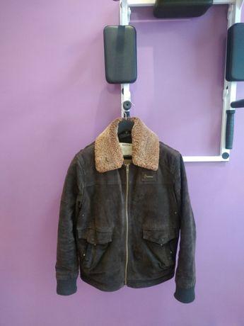 Продам замшевую куртку авиатор BARNEYS