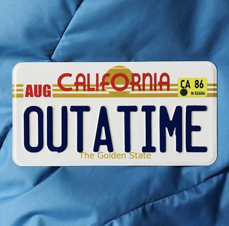 Американский номерной знак Делориан «Назад в будущее». Back to the