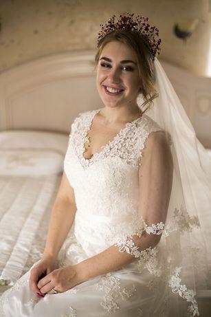 Мереживна весільна сукня в ретро стилі