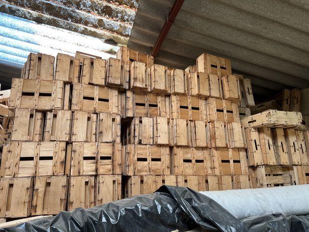 Vendo caixas de madeira para fruta