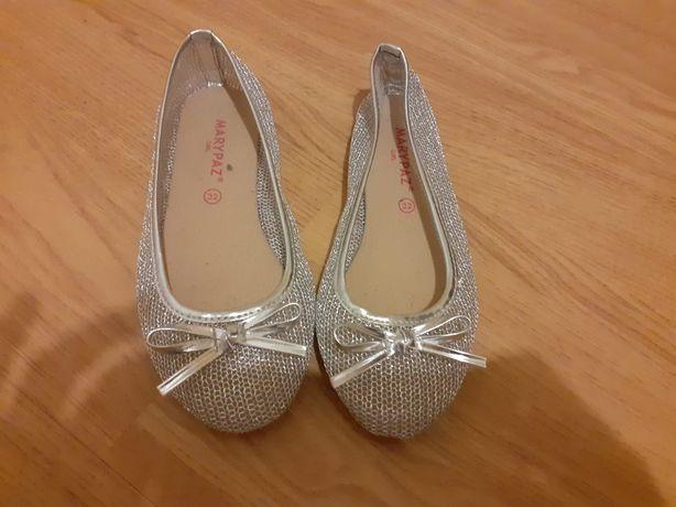 Sapatos tipo bailarina 32
