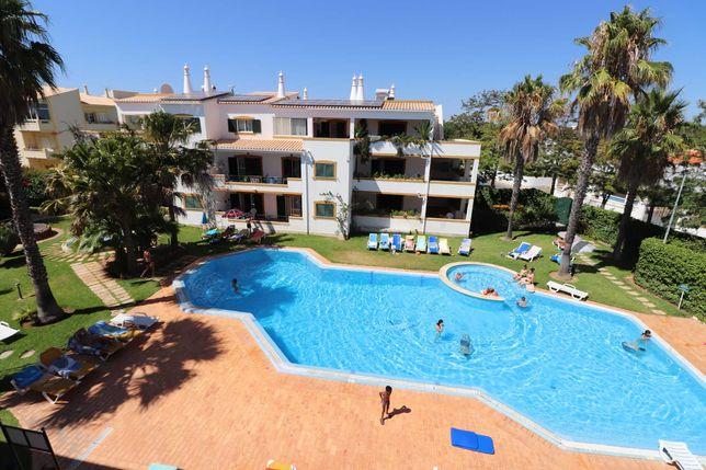 Excelentes apartamentos T0, T1 & T2, Piscina, Ferreiras-ALBUFEIRA