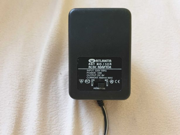 Adapter uniwersalny Atlanta AC/DC 850mA