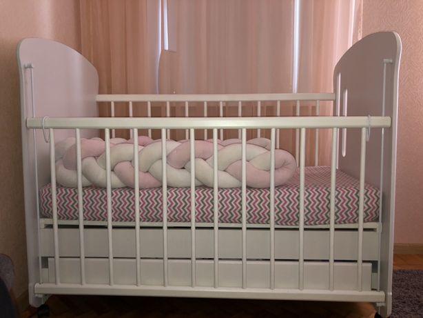 Продам детскую кроватку + матрасик