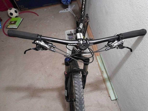 Bicicleta carbono Sensa 29 tamanho M