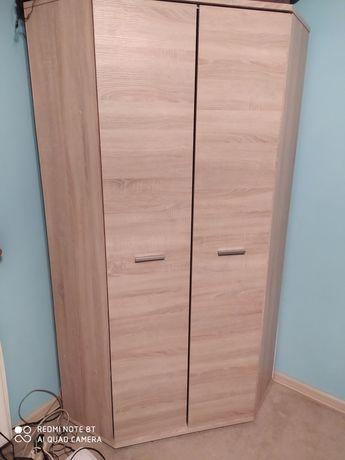 Szafa narożna drewniana i biurko