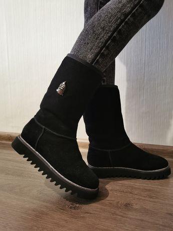 Замшеве зимове взуття