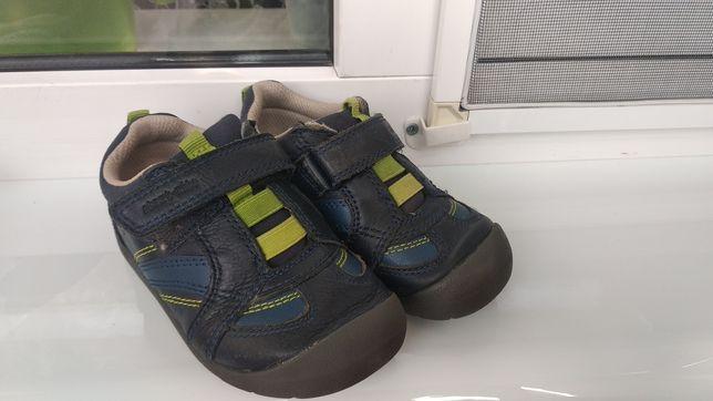 Кросовки туфли мокасины clarks 25
