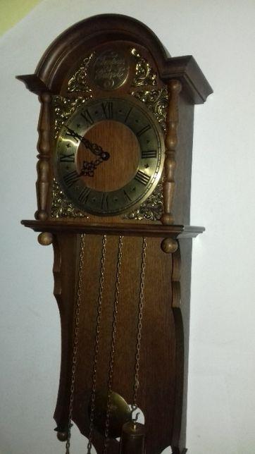 Dwa zegary wagowe