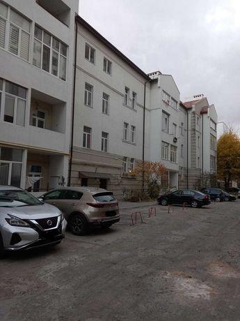 2кім. Мечнікова (Російське Консульство) 65м.