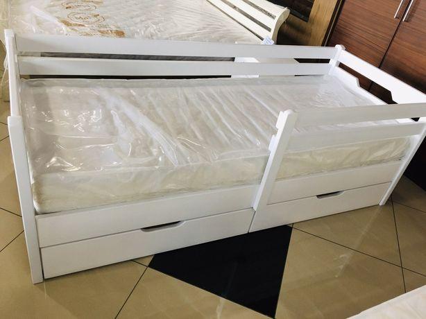 Дитяче ліжко з бортиком