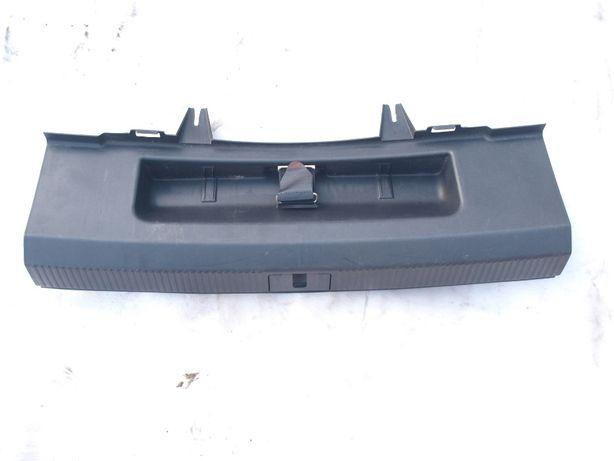 Plastik próg bagażnika osłona progu Audi A3 8P