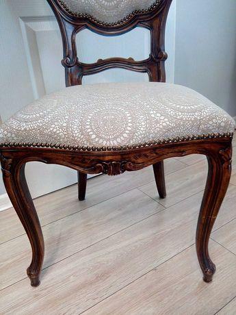 Antyki. Krzesła po renowacji, komplet 4 sztuki