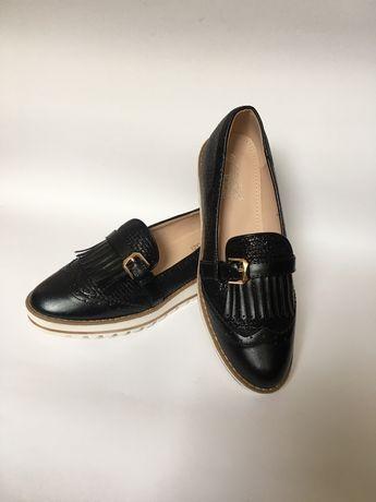 Лоферы, туфли 25,5 см Новые