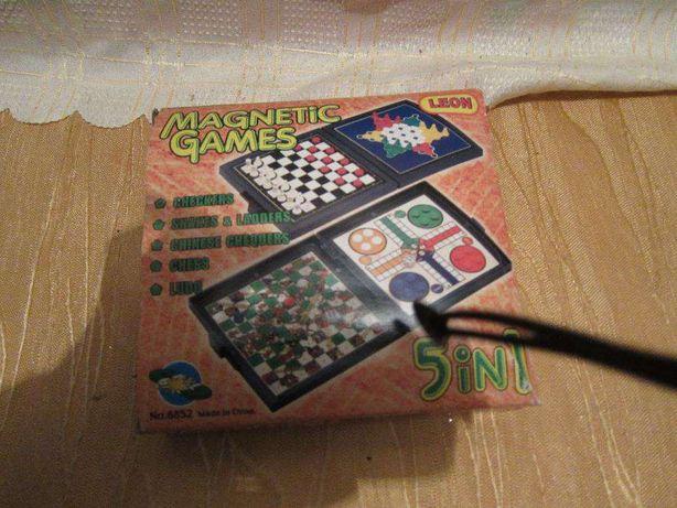 Jogos Magnéticos 5 em 1 - Xadrez, Cobra etc