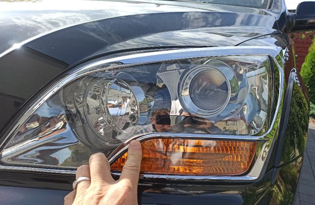 Ramki ozdobne na reflektory do Kia Sorento