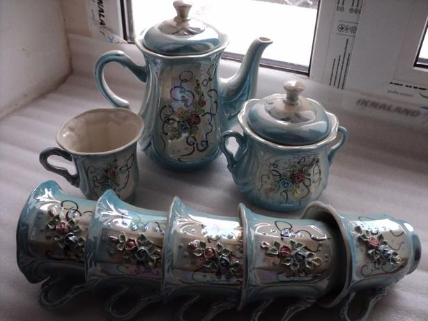 Сервиз /набор/ кофейный /чайный на 6 персон