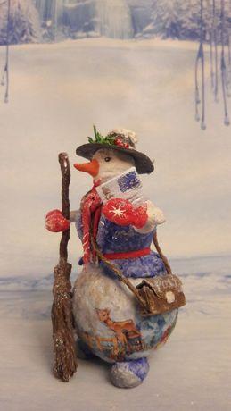 Эксклюзивная ватная елочная игрушка.  Снеговичок - почтальон.