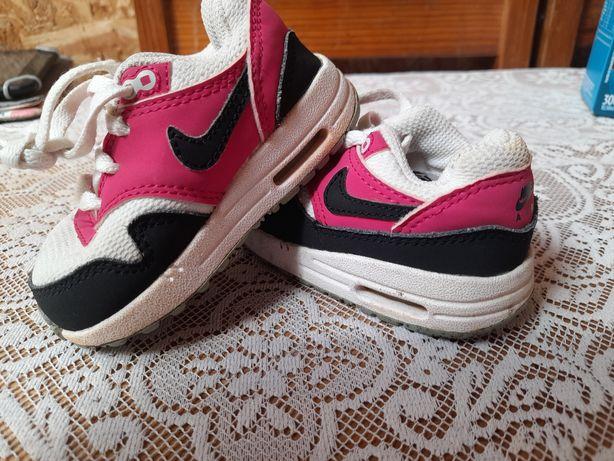 Sapatos de bebe menino