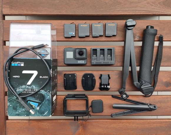Gopro Hero 7 Black + akcesoria - kamera sportowa Go Pro czarny 4K