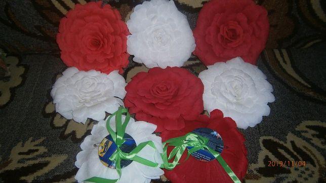 Цветы из гофробумаги для фотозоны и декора