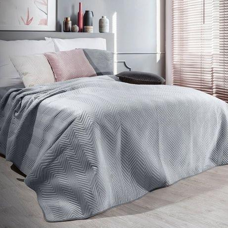 Narzuta na łóżko 220x240 z welwetu pikowana w jodełkę