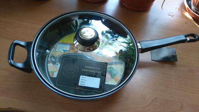 Сковорода Zanussi 24 см тефлоновое покрытие