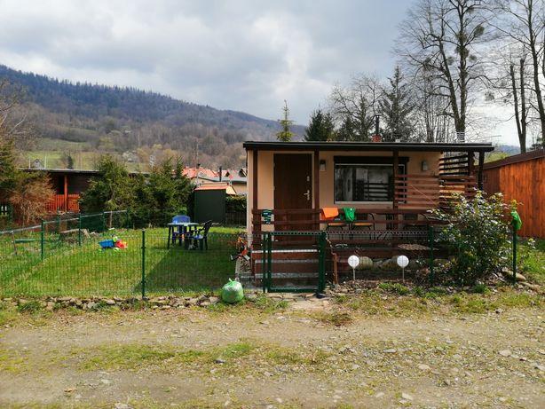 Domek letniskowy w Ustroniu, ogrodzony, blisko rzeki. Do wynajęcia.