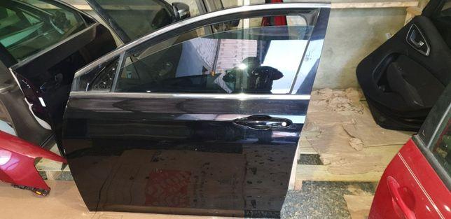 Двері на Крайслер 200 Дверь на Chrysler 200