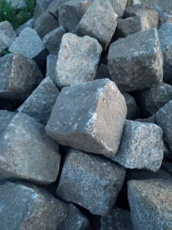 Kostka granitowa brukowa duza