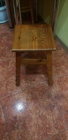 Стулья деревянные табуреты