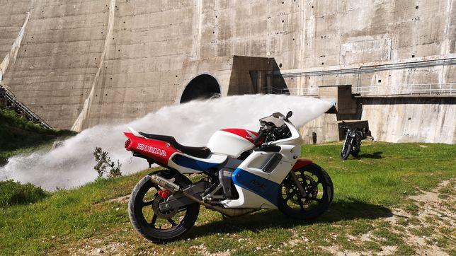 Vendo ou troco Honda NSR 125 JC22